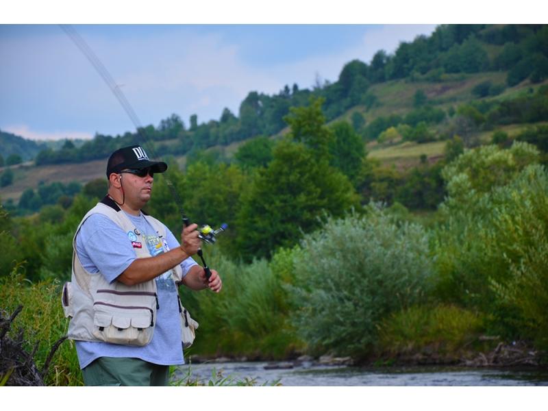 Pescuit de weekend la pastrav pe Tarnava Mare