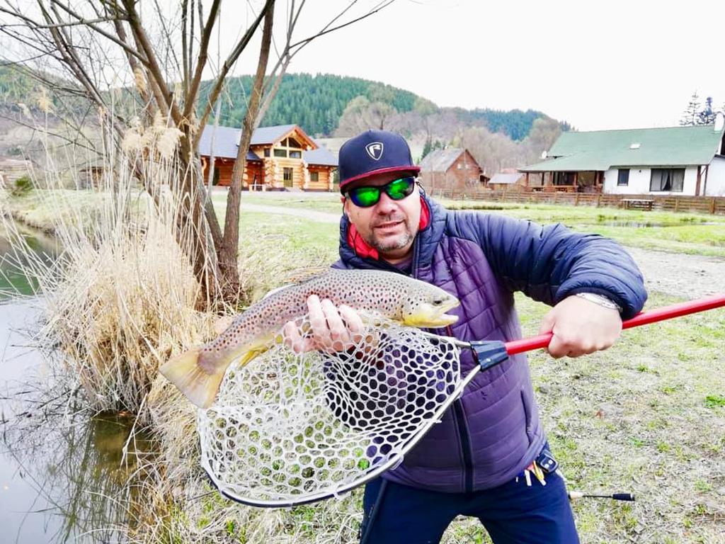 Pescuit la pastrav – mic ghid al incepatorului